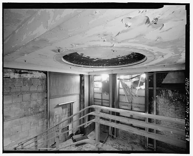 Ford Alexandria Plant INTERIOR, ADMINISTRATION BUILDING, STAIR LANDING, LOOKING NORTHEAST AT CIRCULAR MOTIF IN LOBBY CEILING AND CORNICE DETAIL
