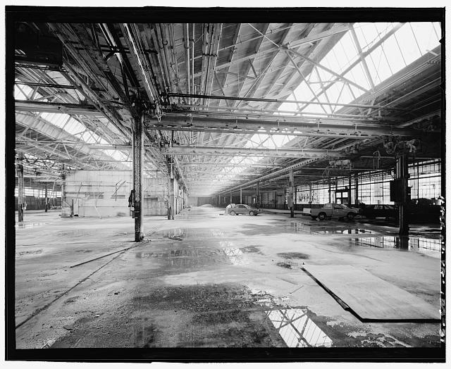 Ford Alexandria Plant INTERIOR, SERVICE BUILDING, FROM NORTHEAST CORNER LOOKING WEST ALONG THE NORTH BAYS; ORIGINAL NORTH WALL AT RIGHT