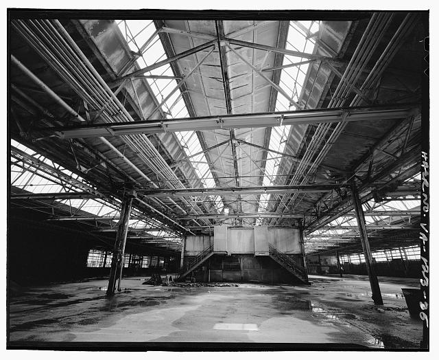 Ford Alexandria Plant INTERIOR, SERVICE BUILDING, LOOKING UP FROM WEST AT TRUSSES IN CENTRAL BAY