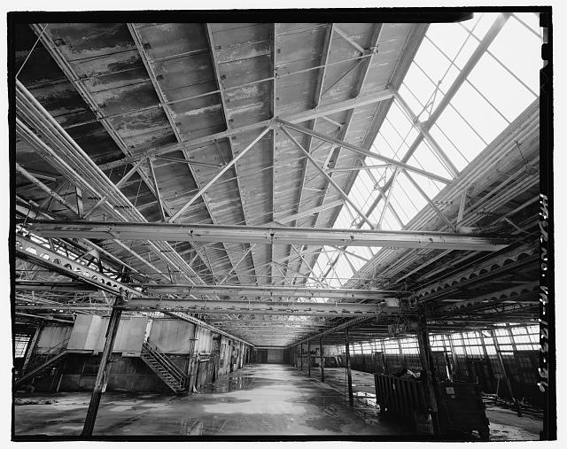 Ford Alexandria Plant INTERIOR, SERVICE BUILDING, DETAIL VIEW LOOKING UP FROM WEST AT TRUSSES IN CENTRAL BAY