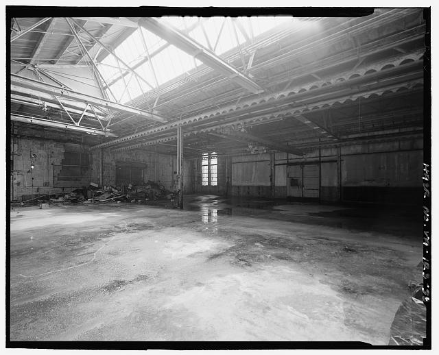 Ford Alexandria Plant INTERIOR, SERVICE BUILDING, LOOKING AT NORTHWEST CORNER FROM WEST END OF CENTRAL BAY