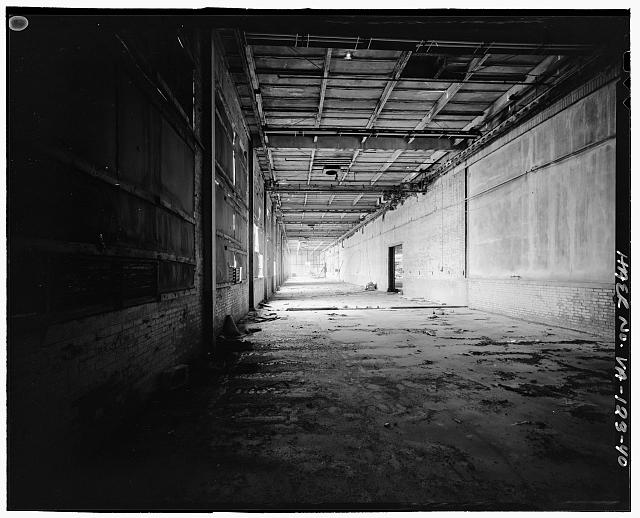 Ford Alexandria Plant INTERIOR, SERVICE BUILDING, CIRCA 1954 NORTH ADDITION, LOOKING EAST; ORIGINAL EXTERIOR NORTH WALL AT RIGHT