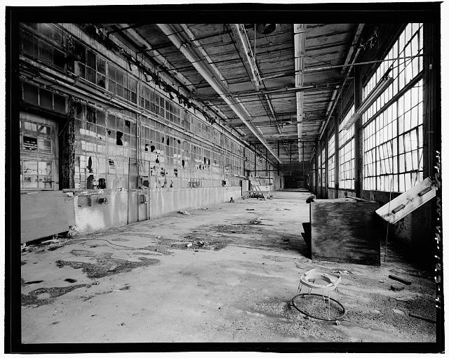 Ford Alexandria Plant INTERIOR, SERVICE BUILDING, CIRCA 1954 NORTH ADDITION, LOOKING WEST; ORIGINAL EXTERIOR NORTH WALL AT LEFT