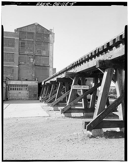 Ford Cleveland Assembly Plant Craneway and Railroad Trestle, looking north