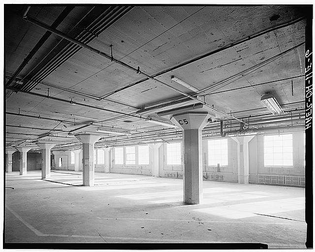 Ford Cleveland Assembly Plant Interior, flat slab construction