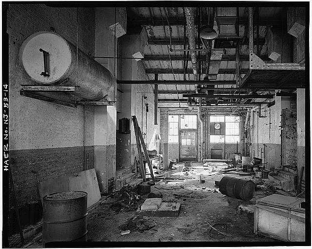 Ford Edgewater Assembly Plant OIL HOUSE, INTERIOR, PUMP ROOM LOOKING SOUTH