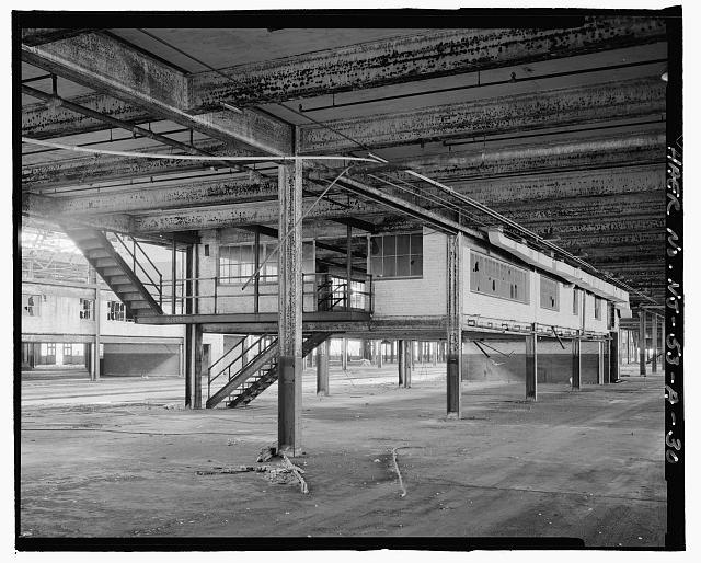 Ford Edgewater Assembly Plant MEZZANINE TOILET, BAYS 12-14/1 SOUTH, TO NORTHEAST
