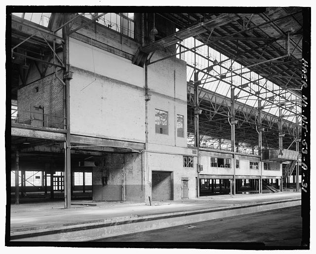 Ford Edgewater Assembly Plant REIGHT ELEVATOR SHAFT, MEZZANINE TOILET, AND SWITCHBOARD ROOM (SECOND FLOOR), BAYS 44-48/1 NORTH, TO NORTHEAST