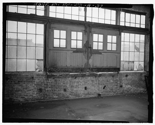 Ford Edgewater Assembly Plant DRIVE-UP DOOR, BAY 4/6 SOUTH, TO SOUTHWEST