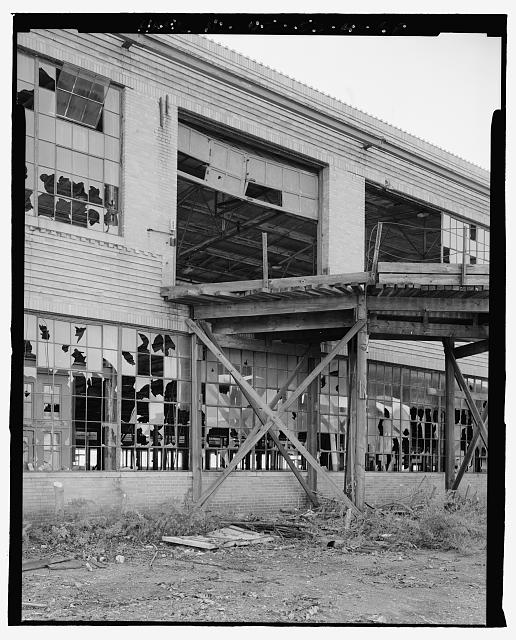 Ford Edgewater Assembly Plant NORTH FACADE, UPPER END OF WOOD RAMP, BAY 26, TO SOUTHWEST