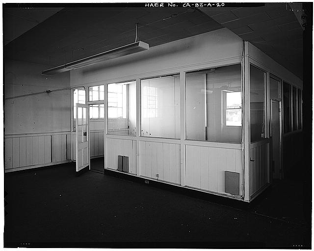 Ford Long Beach Assembly Plant OFFICE AT NORTH END OF SECOND FLOOR, ADMINISTRATIVE OFFICES SECTION. VIEW TO SOUTHEAST.