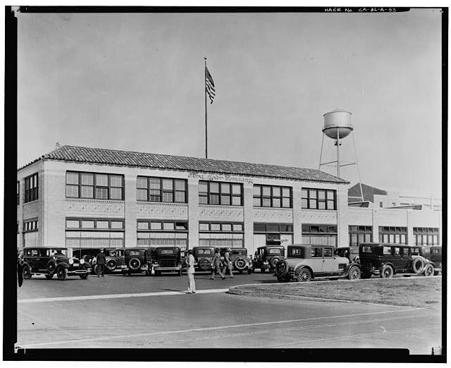 Ford Long Beach Assembly Plant Apr 21, 1930, EXTERIOR-OFFICE BUILDING, WEST (FRONT) AND NORTH SIDES, OPENING DAY