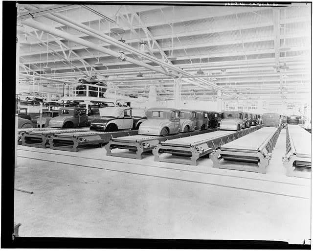 Ford Long Beach Assembly Plant Apr 13, 1930, INTERIOR-ASSEMBLY BUILDING, BODY STORAGE CONVEYOR