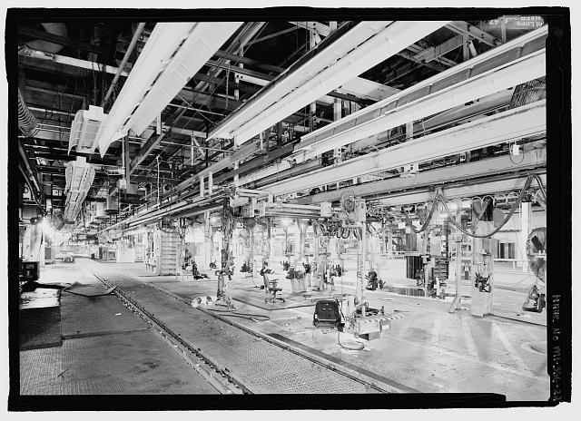 Ford River Rouge Plant B Building LOOKING S, ORANGE COLOR WORK STATION ON SECOND FLOOR (190 DEGREES).