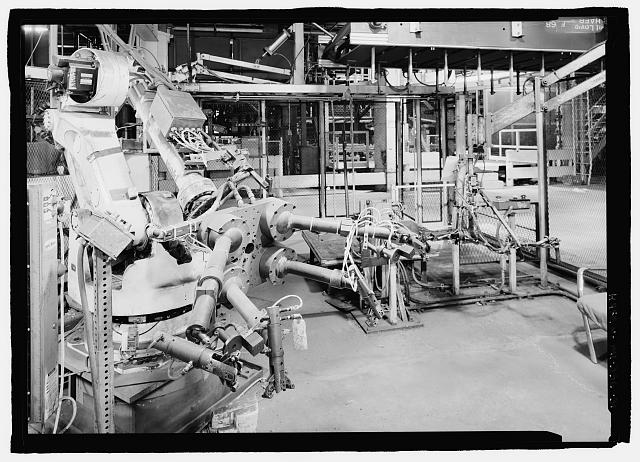 Ford River Rouge Plant B Building ROBOTIC WELDER, REAR PAN AREA, X7, COLUMN 6, FIRST FLOOR, LOOKING E.